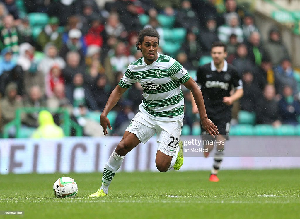 Jason Denyer of Celtic controls the ballduring the Scottish Premiership League Match between Celtic and Dundee United, at Celtic Park on August 16, 2014 Glasgow, Scotland.