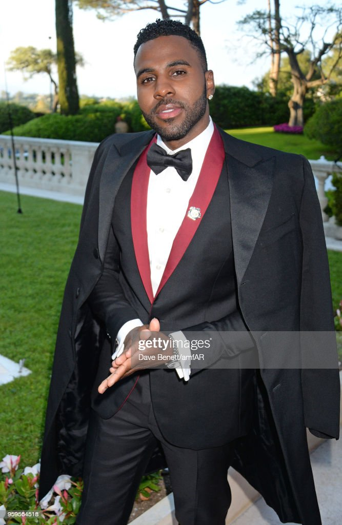 Jason Derulo arrives at the amfAR Gala Cannes 2018 at Hotel du Cap-Eden-Roc on May 17, 2018 in Cap d'Antibes, France.