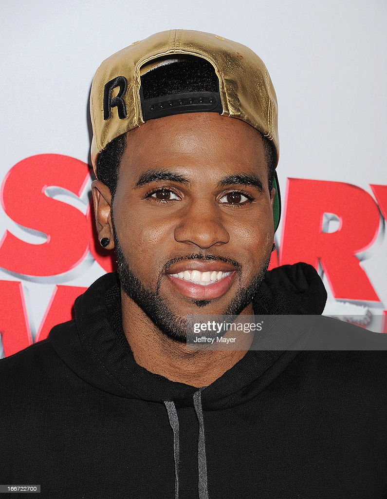 Jason Derulo arrives at the 'Scary Movie V' - Los Angeles Premiere at ArcLight Cinemas Cinerama Dome on April 11, 2013 in Hollywood, California.