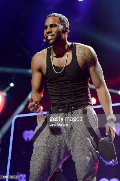 Jason Derulo performs onstage during Y100's Jingle Ball 2013 Presented by Jam Audio Collection at BBT Center on December 20 2013 in Miami Florida