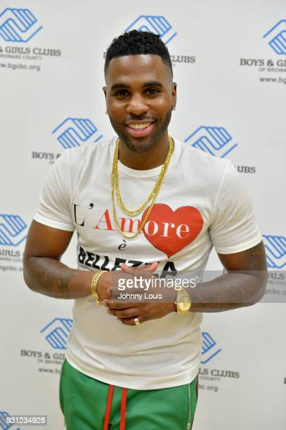 Jason Derulo poses for a picture and interview after joining choreographer Jeremy Strong to teach youth choreography to his new single 'Colors' at...
