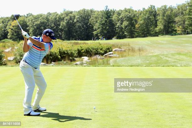 Jason Dufner of the United States plays his shot from the 14th tee during round one of the Dell Technologies Championship at TPC Boston on September...