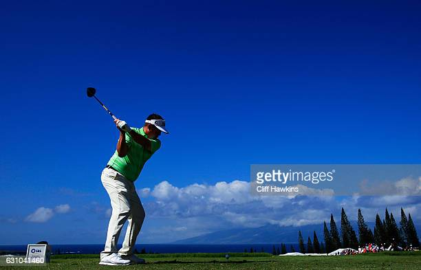 Jason Dufner of the United States plays his shot from the first tee during the first round of the SBS Tournament of Champions at the Plantation...