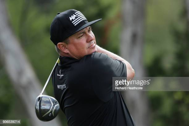 Jason Dufner of the United States plays his shot from the second tee during the second round of the World Golf ChampionshipsDell Match Play at Austin...