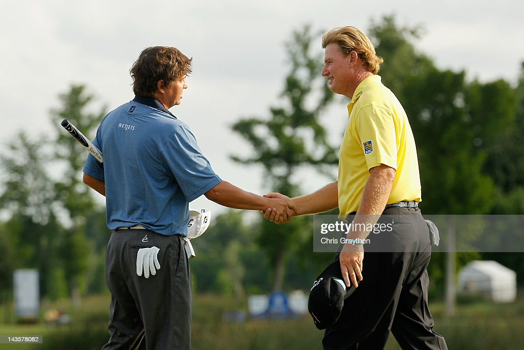 Jason Dufner shakes hands with Ernie Els of South Africa after Dufner defeated Els in a two hole playoff to win the final round of the Zurich Classic of New Orleans at TPC Louisiana on April 29, 2012 in Avondale, Louisiana.