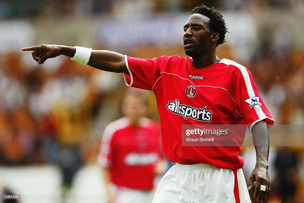 Jason Euell of Charlton Atheltic signals to a team mate : News Photo
