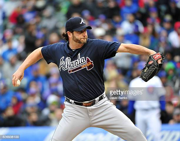 Jason Grilli of the Atlanta Braves pitches against the Chicago Cubs during the tenth inning on May 1 2016 at Wrigley Field in Chicago Illinois The...