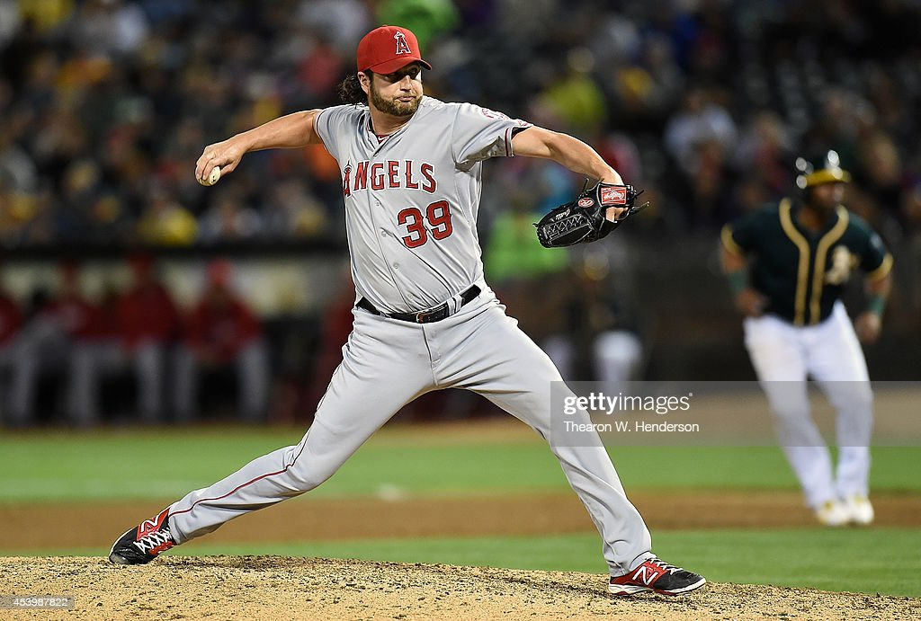 Jason Grilli #39 of the Los Angeles Angels of Anaheim pitches against the Oakland Athletics in the bottom of the six inning at O.co Coliseum on August 22, 2014 in Oakland, California.