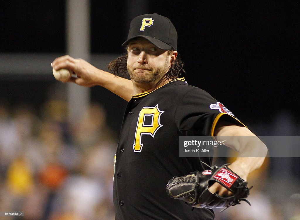 Jason Grilli #39 of the Pittsburgh Pirates closes out the game against the Washington Nationals on May 3, 2013 at PNC Park in Pittsburgh, Pennsylvania. The Pirates defeated the Nationals 3-1.
