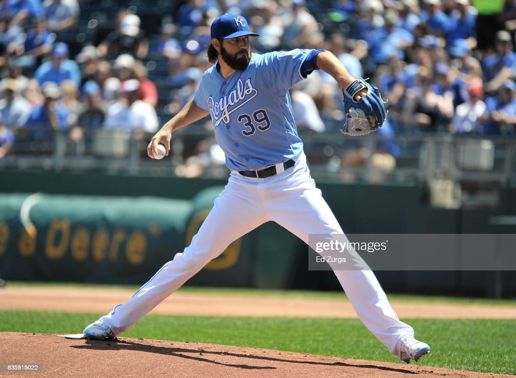 Jason Hammel #39 of the Kansas City Royals throws in the first inning against the Cleveland Indians at Kauffman Stadium on August 20, 2017 in Kansas City, Missouri.