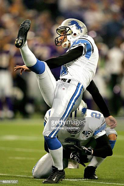 Jason Hanson of the Detroit Lions kicks a field goal against the Minnesota Vikings at the HHH Metrodome October 12, 2008 in Minneapolis, Minnesota.