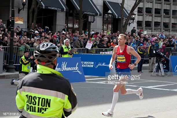Jason Hartmann rounds the final corner onto Boylston St to finish 4th in the 2013 Boston Marathon