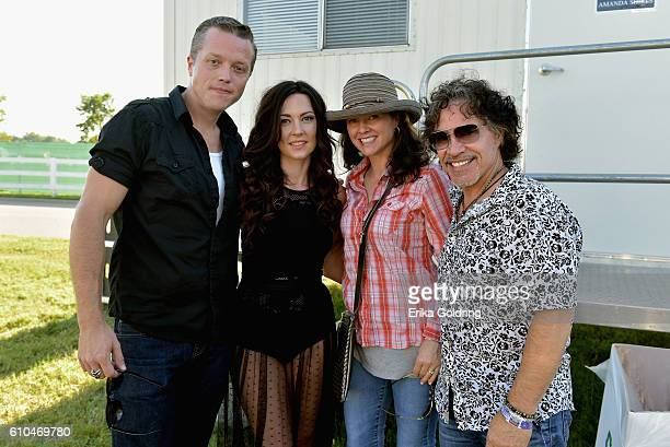 Jason Isbell Amanda Shires Aimee Oates and John Oates of Hall and Oates take a photo at the Pilgrimage Music Cultural Festival Day 2 on September 25...