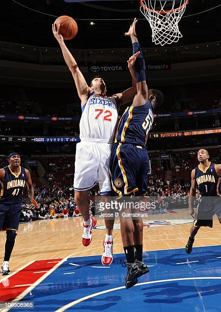 Jason Kapono of the Philadelphia 76ers goes to the net against Roy Hibbert of the Indiana Pacers during a game on November 3 2010 at the Wells Fargo...