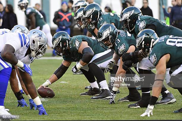 Jason Kelce of the Philadelphia Eagles looks to hike the ball against the Dallas Cowboys during the fourth quarter at Lincoln Financial Field on...