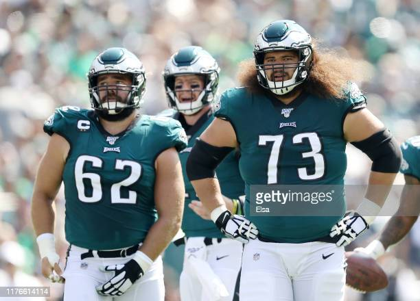 Jason Kelce,Carson Wentz and Isaac Seumalo of the Philadelphia Eagles line up before the play against the Detroit Lions at Lincoln Financial Field on...
