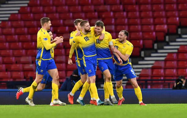 GBR: St Johnstone v Hibernian - Betfred Cup Semi-Final