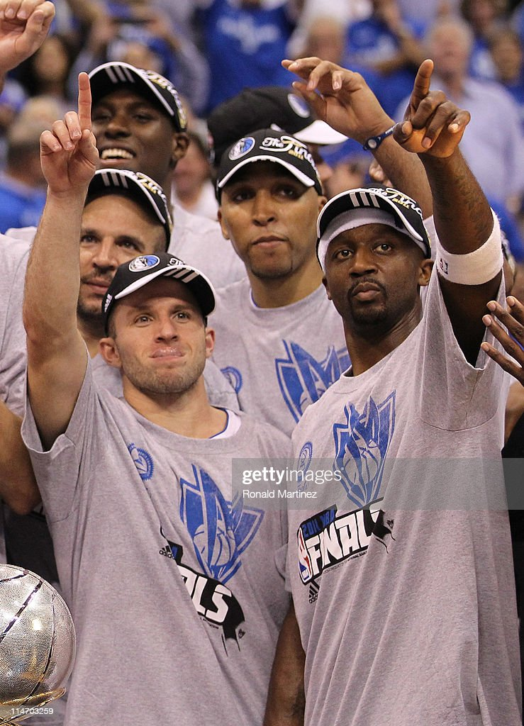 Jason Kidd #2, Jose Juan Barea #11, Shawn Marion #0 and Jason Terry #31 and the Dallas Mavericks celebrate their 100-96 victory against the Oklahoma City Thunder in Game Five of the Western Conference Finals during the 2011 NBA Playoffs at American Airlines Center on May 25, 2011 in Dallas, Texas.