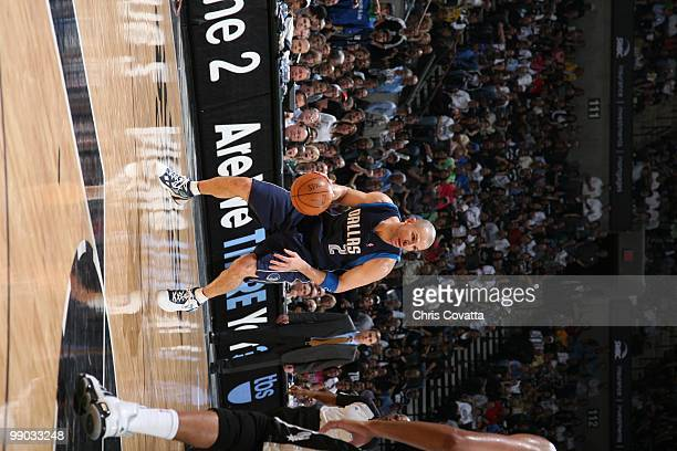 Jason Kidd of the Dallas Mavericks dribbles against the San Antonio Spurs in Game Six of the Western Conference Quarterfinals during the 2010 NBA...