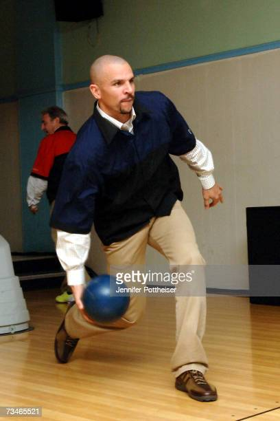 Jason Kidd of the New Jersey Nets bowls during the team's Second Annual Basketbowl on March 1 2007 in North Arlington New Jersey NOTE TO USER User...