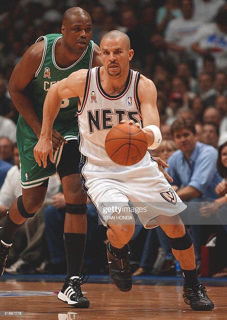 the best attitude 8c424 ed830 Jason Kidd of the New Jersey Nets dribbles past Antoine ...