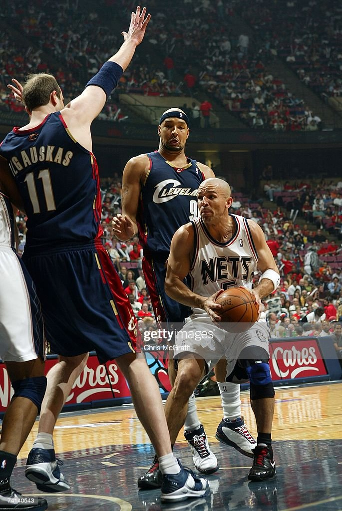 cd729615313 Jason Kidd of the New Jersey Nets handles the ball against Zydrunas ...