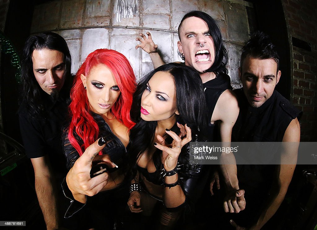 Jason Klein, Heidi Shepherd, Carla Harvey, Chris Warner and Henry Flury backstage at The Electric Factory on May 7, 2014 in Philadelphia, Pennsylvania.