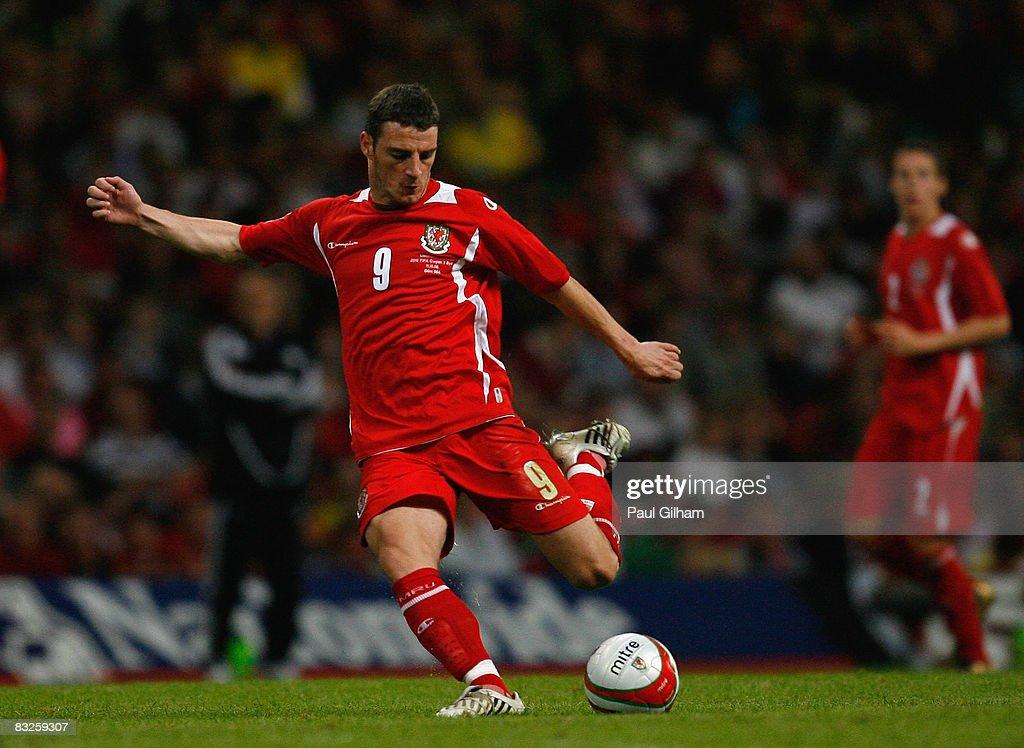 Wales v Liechtenstein - FIFA2010 World Cup Qualifier : News Photo
