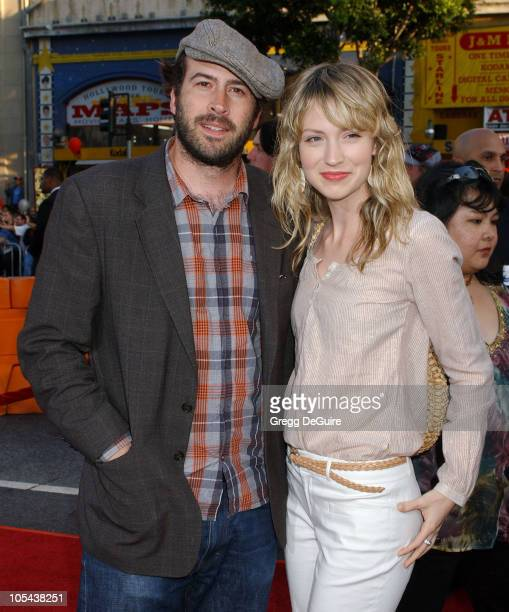 Jason Lee and Beth Riesgraf during War of the Worlds Los Angeles Fan Screening Arrivals in Los Angeles California United States