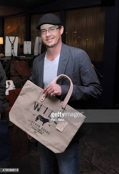 Jason London attends Eco Oscars BEVERLY HILLS on March 1 2014 in Beverly Hills California