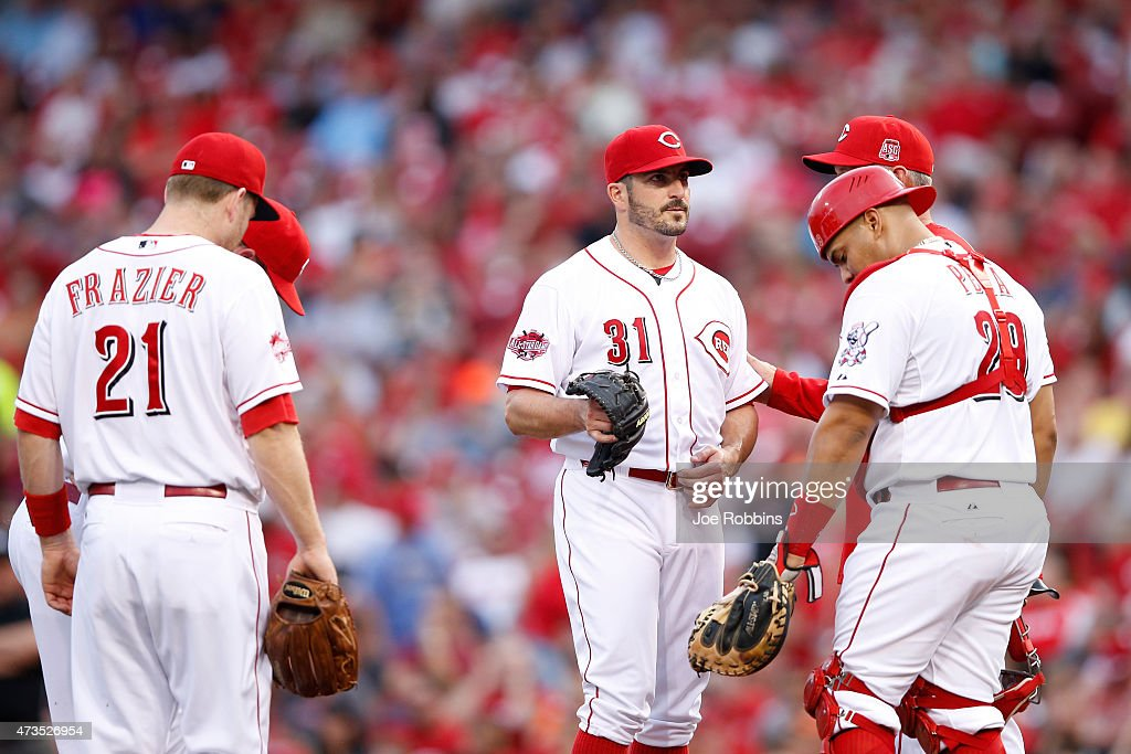 Jason Marquis #31 of the Cincinnati Reds reacts after giving up a two-run home run in the third inning of the game against the San Francisco Giants at Great American Ball Park on May 15, 2015 in Cincinnati, Ohio.