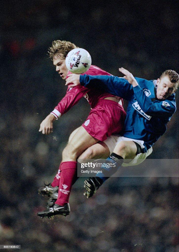 Liverpool v Everton 1996 : News Photo