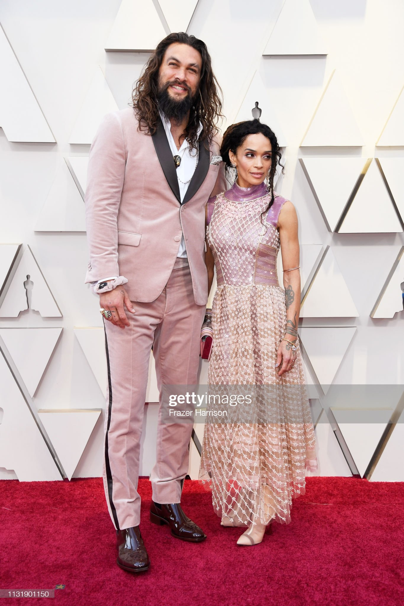 ¿Cuánto mide Jason Momoa? - Altura - Real height Jason-momoa-and-lisa-bonet-attend-the-91st-annual-academy-awards-at-picture-id1131901150?s=2048x2048