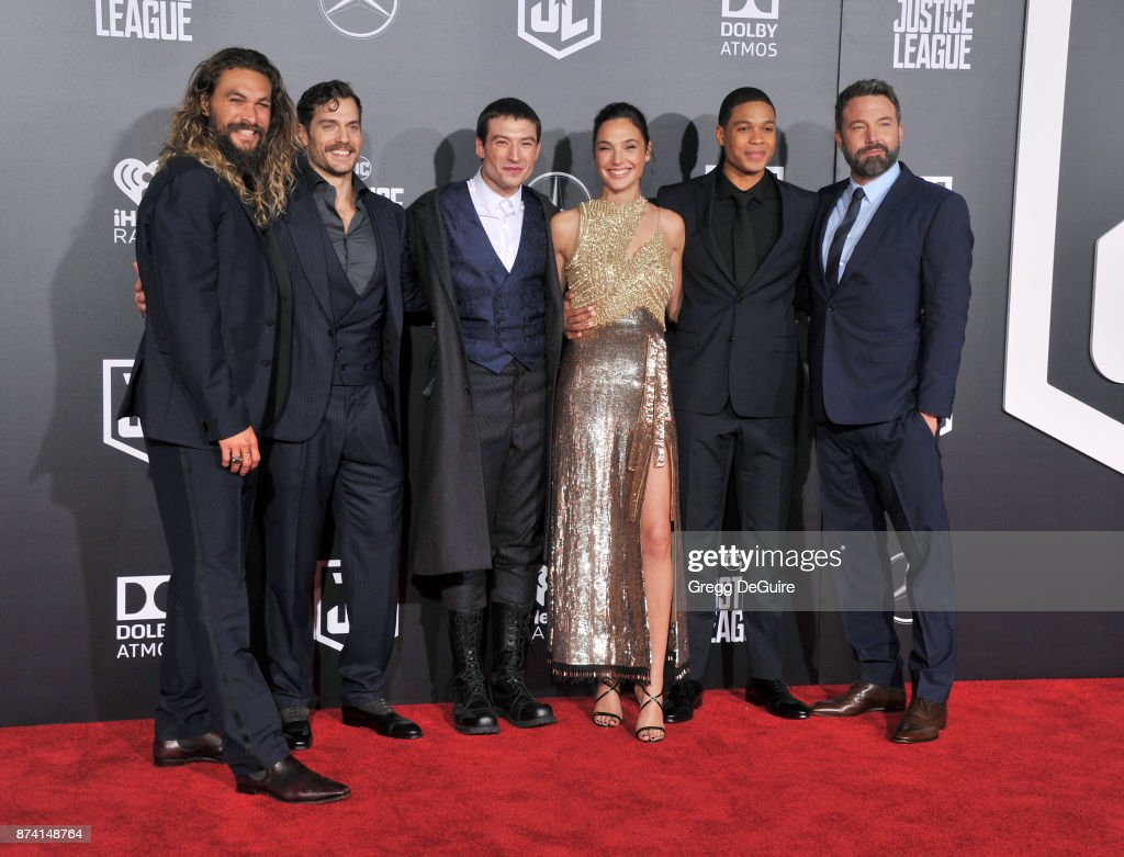 Jason, Momoa, Henry Cavill, Ezra Miller, Gal Gadot, Ray Fisher and Ben Affleck arrive at the premiere of Warner Bros. Pictures' 'Justice League' at Dolby Theatre on November 13, 2017 in Hollywood, California.