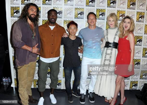Jason Momoa Yahya AbdulMateen II James Wan Patrick Wilson Nicole Kidman and Amber Heard pose at the Warner Bros 'Aquaman' theatrical panel during...