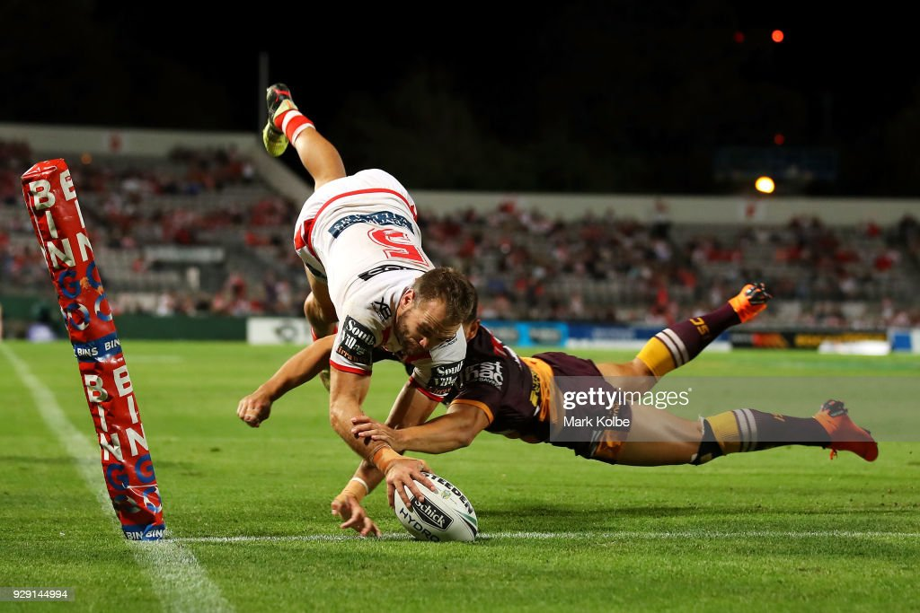 Jason Nightingale of the Dragons scores a try during the round one NRL match between the St George Illawarra Dragons and the Brisbane Broncos at UOW Jubilee Oval on March 8, 2018 in Sydney, Australia.