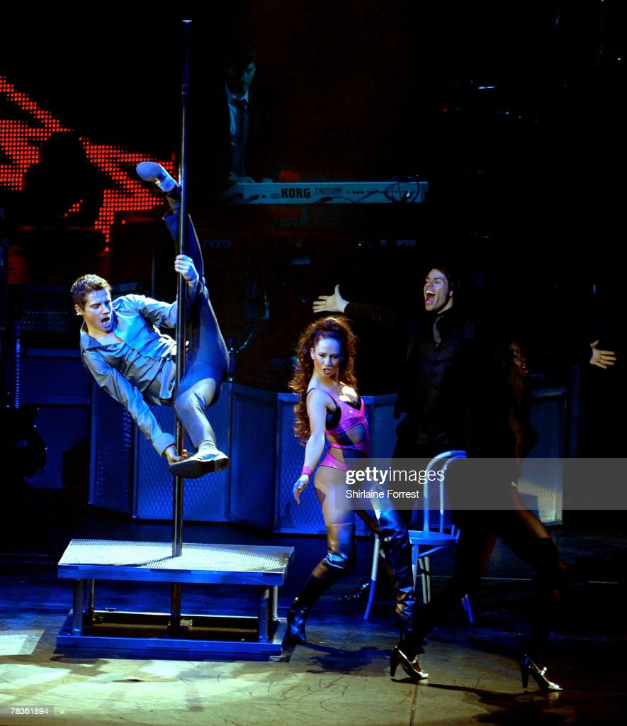 Jason Orange of Take That performs at Manchester Arena on December 10, 2007 in Manchester, England.