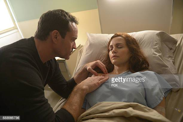 Jason Patric and guest star Carla Gugino in the 'Enemy Lines' season premiere episode of WAYWARD PINES airing Wednesday May 25 on FOX