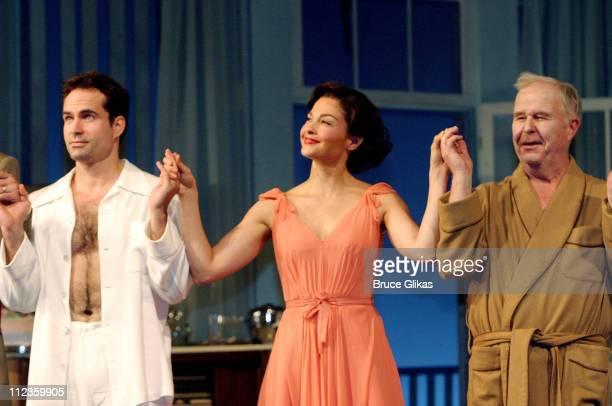 Jason Patric Ashley Judd and Ned Beatty take a Curtain Call