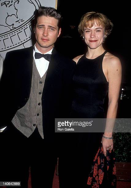 Jason Priestley and Christine Elise at the 52nd Annual Golden Globe Awards Beverly Hilton Hotel Beverly Hills