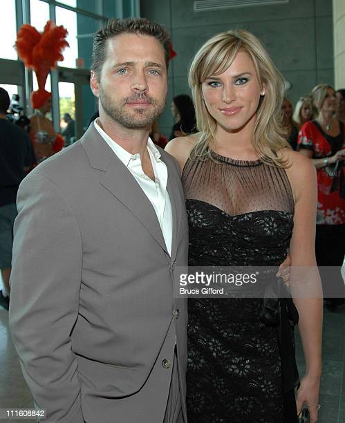 Jason Priestley and Naomi Lowde during Vegas Grand Prix and World Market Center September 27 2006 at World Market Center Atrium in Las Vegas CA...