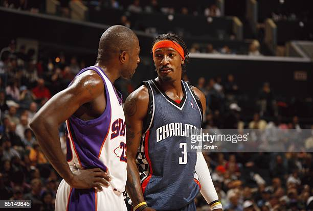 Jason Richardson of the Phoenix Suns talks with Gerald Wallace of the Charlotte Bobcats during the game on January 23 2009 at the Time Warner Cable...