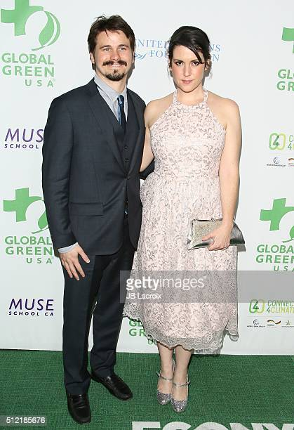Jason Ritter and Melanie Lynskey attend Global Green USA's 13th annual preOscar party at Mr C Beverly Hills on February 24 2016 in Los Angeles...