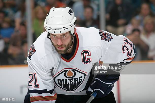 Jason Smith of the Edmonton Oilers readies for a faceoff during Game 1 of the Western Conference Semifinals against the San Jose Sharks on May 7 2006...