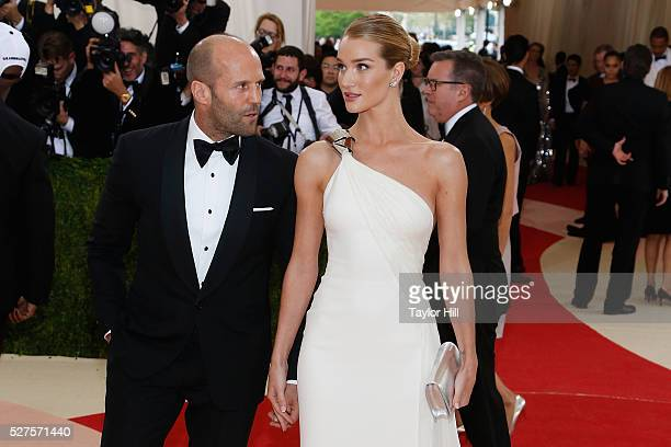 Jason Statham and Rosie HuntingtonWhiteley attend Manus x Machina Fashion in an Age of Technology the 2016 Costume Institute Gala at the Metropolitan...