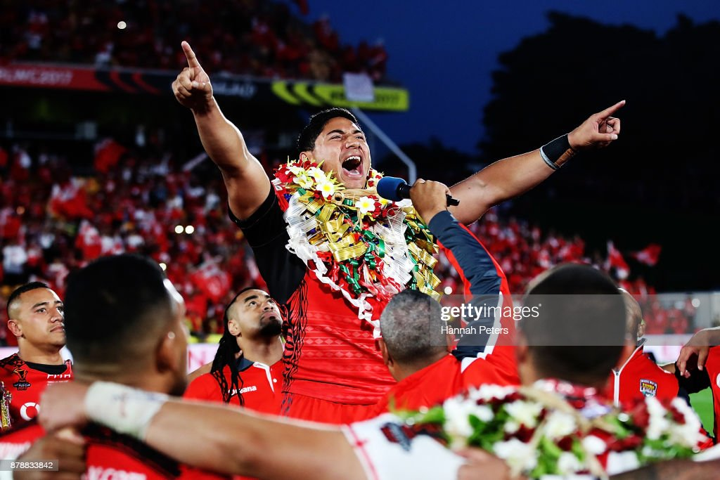 Jason Taumalolo of Tonga leads the Sipi Tau for the crowd after losing the 2017 Rugby League World Cup Semi Final match between Tonga and England at Mt Smart Stadium on November 25, 2017 in Auckland, New Zealand.