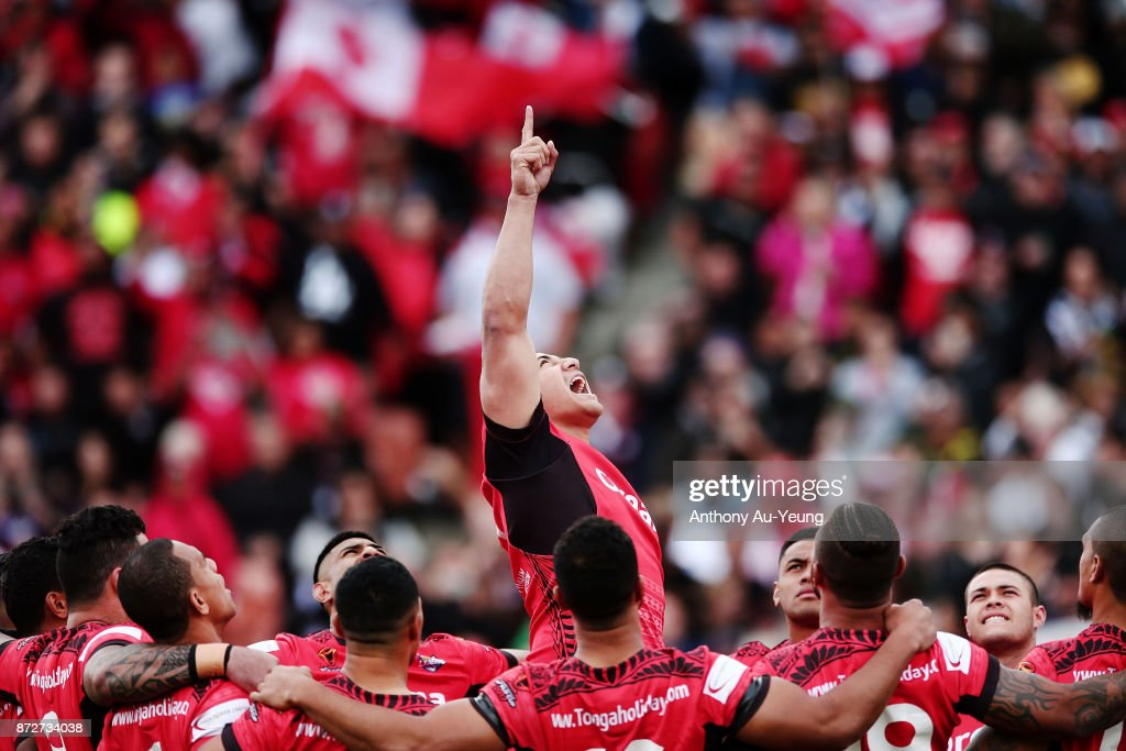 Jason Taumalolo of Tonga performs the Sipi Tau against the Kiwis during the 2017 Rugby League World Cup match between the New Zealand Kiwis and Tonga at Waikato Stadium on November 11, 2017 in Hamilton, New Zealand.