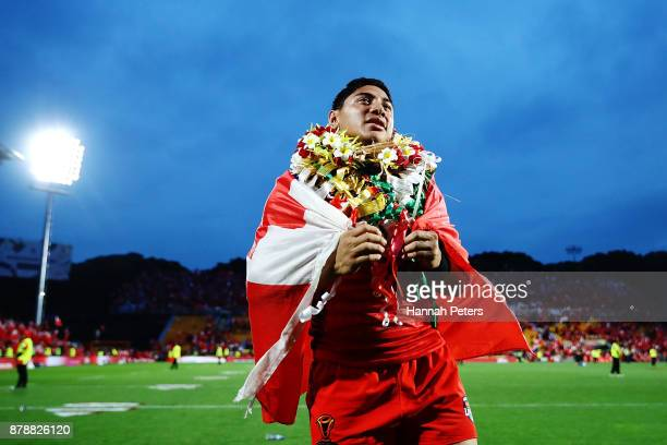 Jason Taumalolo of Tonga thanks the crowd after losing the 2017 Rugby League World Cup Semi Final match between Tonga and England at Mt Smart Stadium...