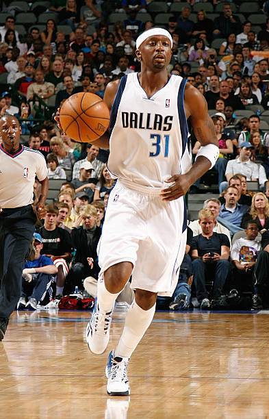 6dec11124 Jason Terry  31 of the Dallas Mavericks drives the ball up court during the  preseason