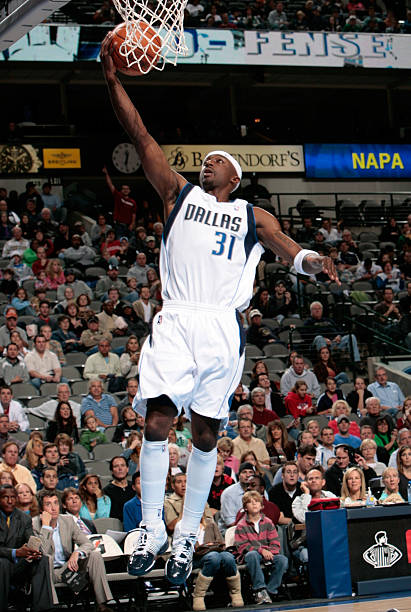 9d54d4eb6 Jason Terry  31 of the Dallas Mavericks goes in for the layup against the  Memphis